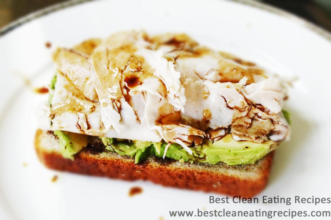 Clean Eating Recipe – Turkey Avocado Sandwich