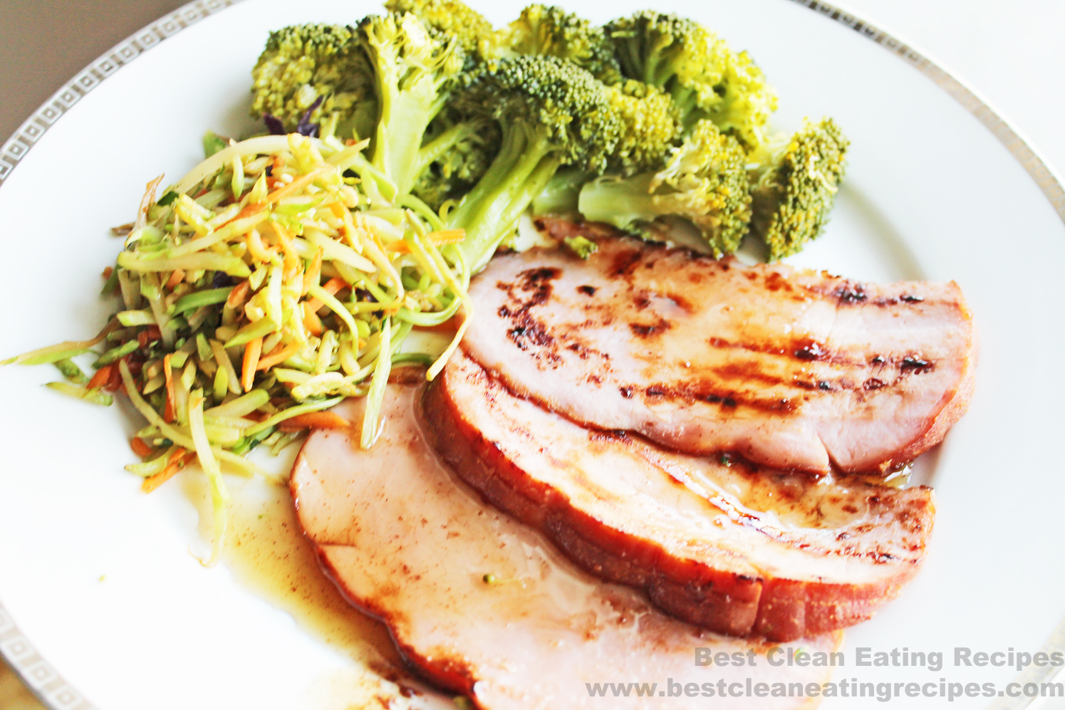 Clean Eating Recipe – Maple Agave Cinnamon Glazed Ham