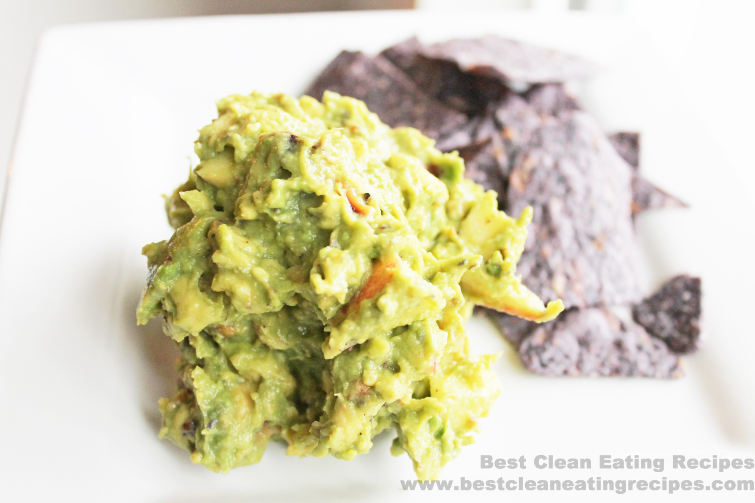 Clean Eating Recipe – Apple Walnut Guacamole