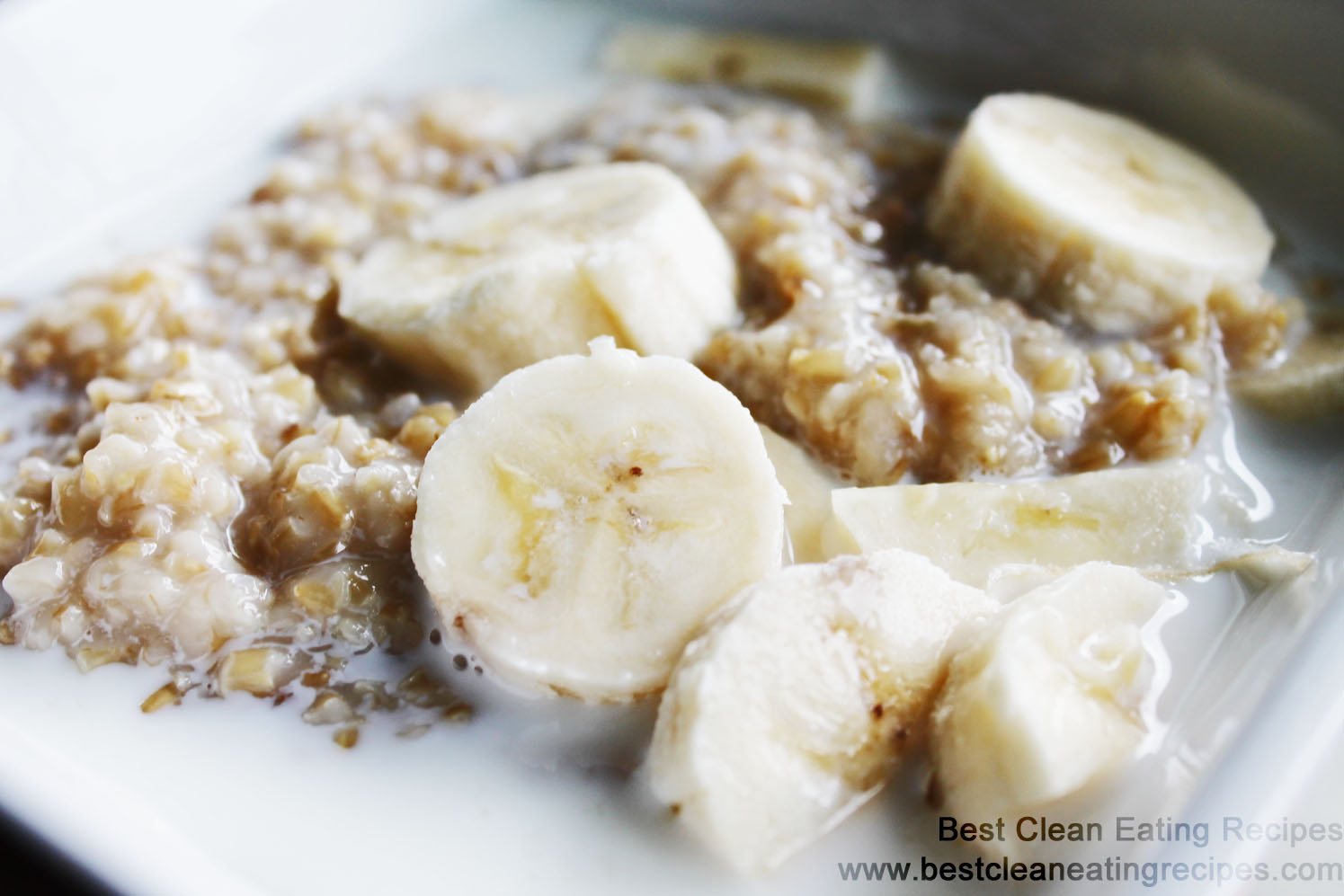 Clean Eating Recipe – Maple Banana Steal Cut Oats