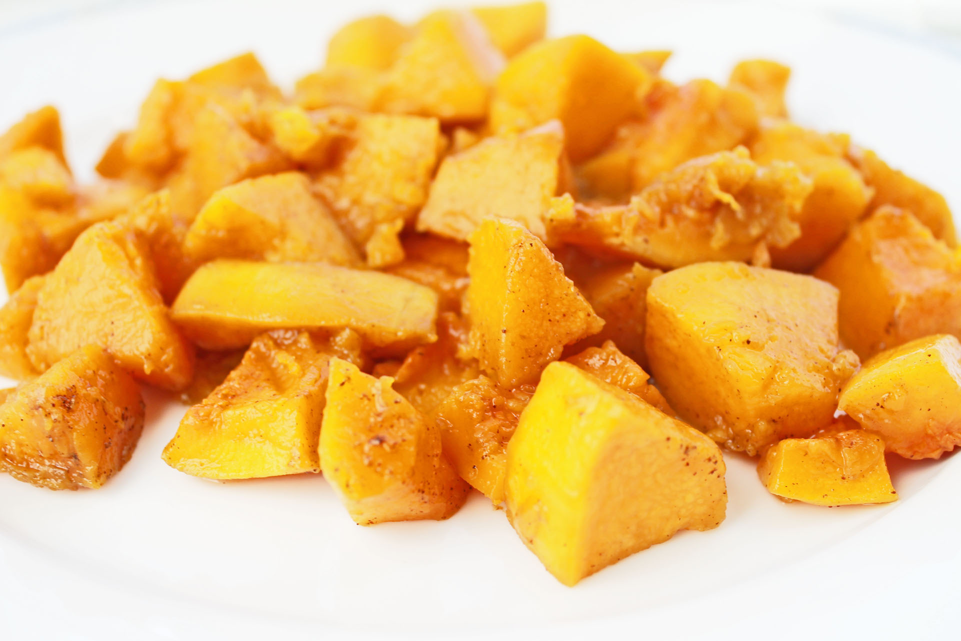 Clean Eating Recipe for Thanksgiving: Maple Cinnamon Baked Squash